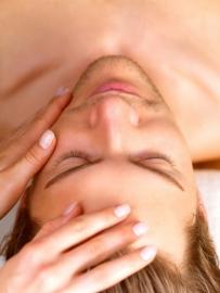 Integrale massage *diepgaand met als doel balans en gezondheid stimuleren*