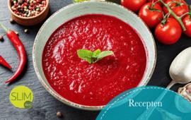 Pittige tomaten-paprikasoep