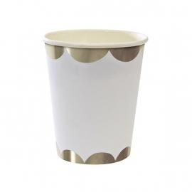 Silver scallop paper cups