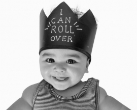 Chalk board crown | triangles