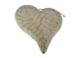 Hart in gebroken wit