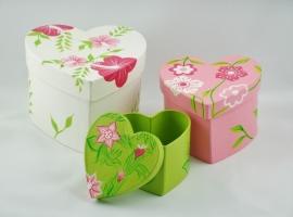 Papieren doosjes in hartvorm