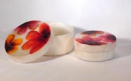 Set van 2 juwelendoosjes met rode bloemmotief