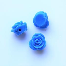 Roosje blauw - ca. 7x11mm