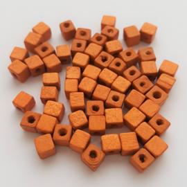 Houten kraaltje vierkant cognac - ca. 5mm