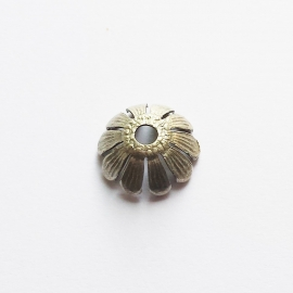 Kraalkapje mat-zilver voor kralen van ca. 12mm