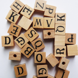 Houten letterkraal verticaal rijggat