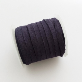 Suede plat donkerblauw - ca. 4mm breed