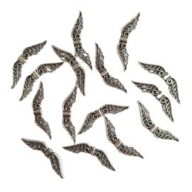 Kraal vleugels antiek-zilver