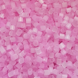 Bugles candy pink - 6/0 (ca. 4mm)