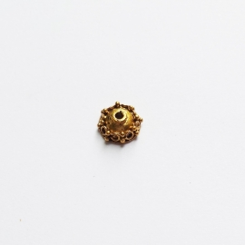 Kraalkapje antiek goud voor kralen van ca. 8mm