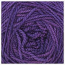 Merino sock yarn violet