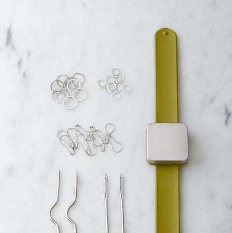 Cocoknits Knitters Keep Bracelet Green