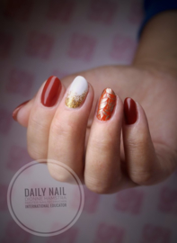 Daily Nail - Autumn Golden Leaves