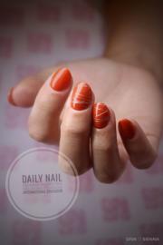 Daily Nail - Sienna