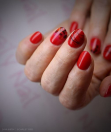 Daily Nail - Scarlet Red