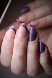 Daily Nail - Moody Berry & Funky French