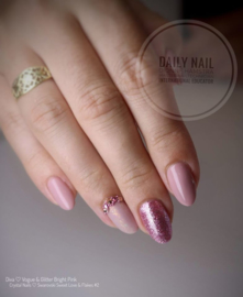 Daily Nail - Glitter Bright Pink