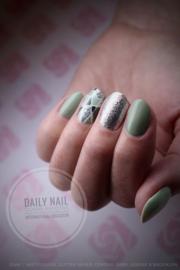 Daily Nail - Minty Green
