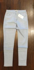 6346 Tregging Jeans t/m 48