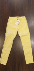6339 Karo jeans met stut bies K8129A-18 geel  t/m 48