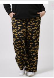 6365 Broek Mandy print leopard oker t/m 58
