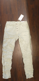 6339 Karo jeans met stut bies K8129A-12 licht groen   t/m 48