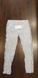 6339 Karo jeans met stut bies K8129A-16 licht blauwt/m 48