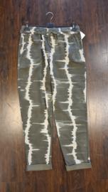 6062 Comfort broek print daya olijf groen t/m 48