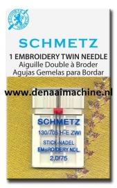 Naaimachine naald om mee te borduren tweeling