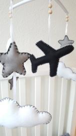 Muziekmobiel vliegtuig, wolken, ster