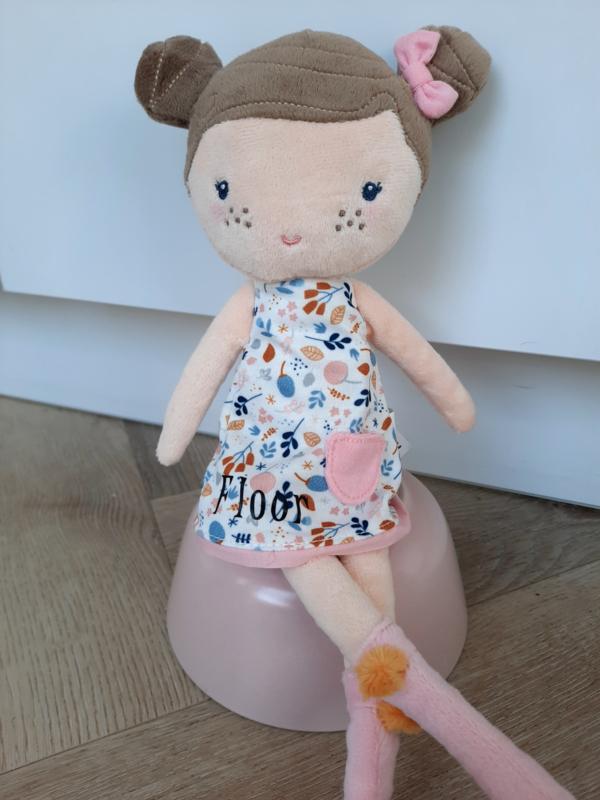 Pop Rosa met naam op jurkje