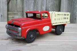 Oude grote speelgoedauto vrachtwagen made in SAN japan 58,4