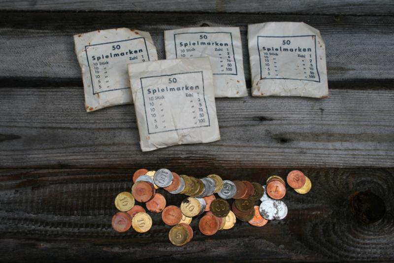 "4 zakjes Duits Speelgeld ""Spielmarken"""