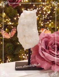 Bergkristal op standaard, 14 x 7 cm