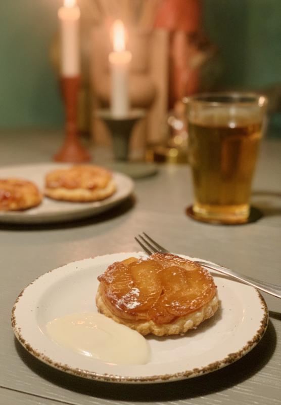 Tarte tartin met slagroom - vegan