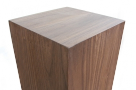 Noten houten sokkel 30 serie