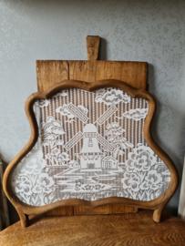 Antiek houten raamhor molen