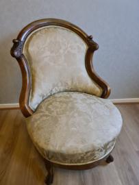 Antiek dames stoeltje