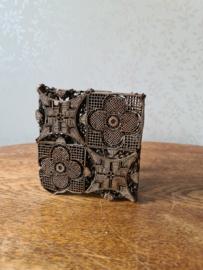 Antiek koperen batik stempel bloem
