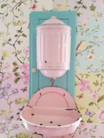Roze franse emaille waterreservoir met gouden bies