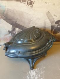 Antiek gietijzeren kolenbak schildpad nr2
