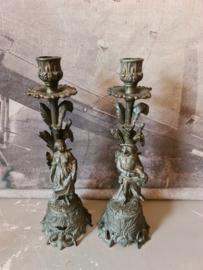 Antiek italiaanse messing kandelaars man en vrouw