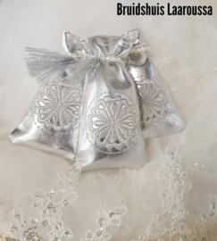 Henna buideltjes zilver