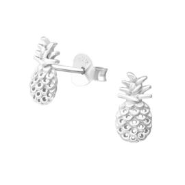 Zilveren kinderoorbellen:  Ananas