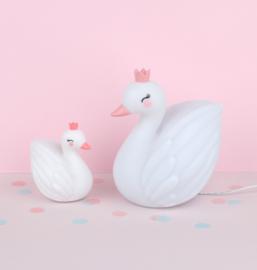 A Little Lovely Company: Zwaan