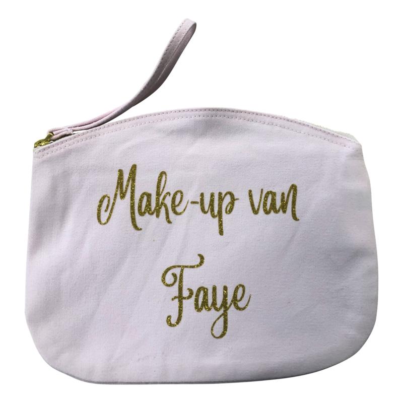 Make-up tasje groot eventueel met naam