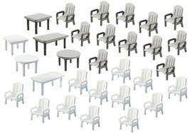 Faller 272441 : Tuinstoelen en tafels