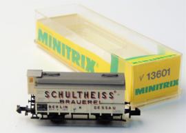 """Minitrix 13601. Koelwagen van de DRG. """"Schulheiss Brauerei"""