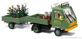Busch 42209  : Multicar met aanhangwagen en tuinspullen